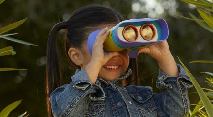 Best Binoculars for Kids: Letting Your Little Ones Look Far