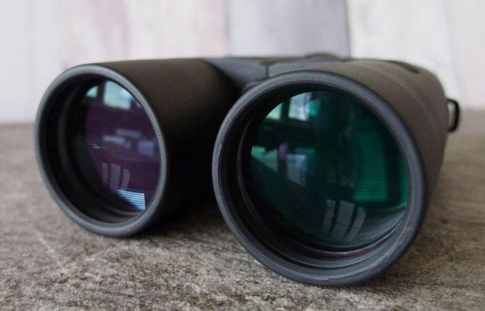Binoculars lens coating
