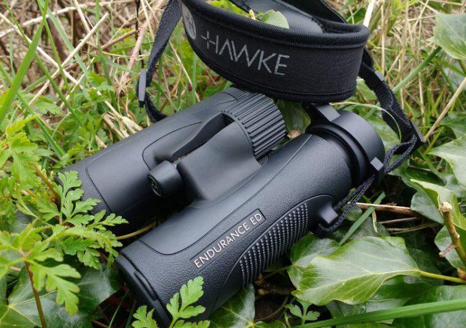 Lightweight birding binoculars