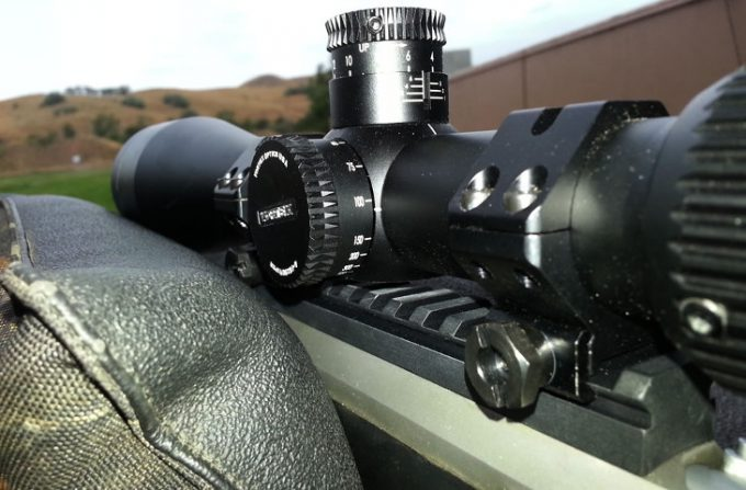 Riflescope magnification turrets