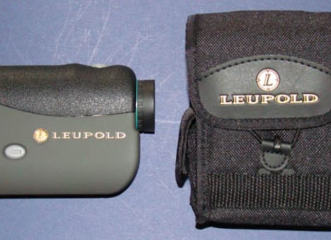 leupold rangefinder and case