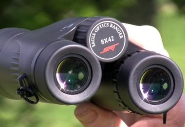 image stabilised binoculars featured