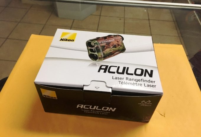Nikon Aculon Package