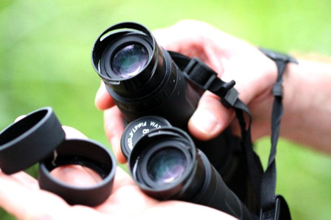 Eye relief of binoculars